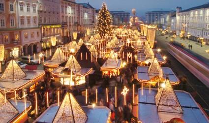 """Bei der Weihnachtsbeleuchtung """"brennt"""" auch heuer wieder nur die Stadt Linz"""