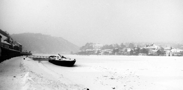 Donau Zugefroren