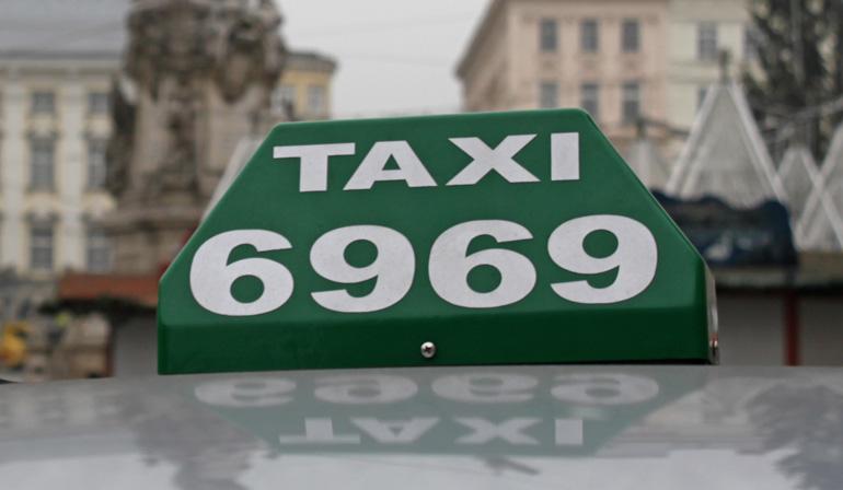 Taxi: Wer ausfällig wird, spart Geld.
