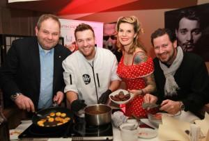 HAKA-Küchen-Chef Gerhard Hackl, Sat 1-Koch-Show-Gewinner Jan Aigner, die Restaurant Arkadenhof-Chefs Jenny und Rene Weber
