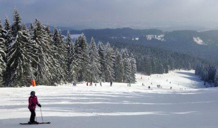 """LINZA Skigebiete Check #1: Skifahren am """"Stern"""""""
