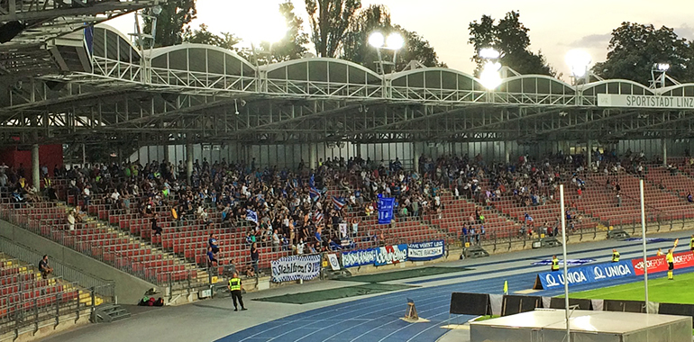 Trotz 32 Grad kamen 1.500 Zuschauer zum blau-weißen Saisonauftakt gegen WSG Wattens