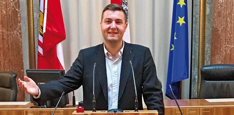 Der neue Linzer Stadtrat Michael Raml zu seiner Zeit als Bundesrat