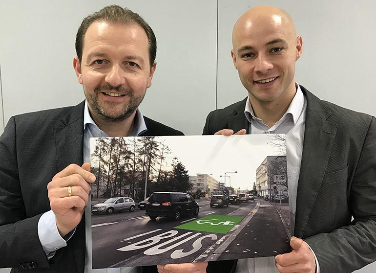 Wollen E-Mobilität in Linz fördern: Vizebürgermeister Bernhard Baier (links) und Martin Hajart