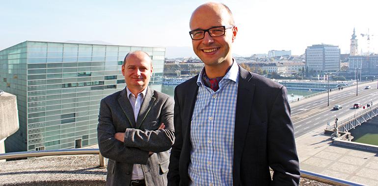 Sieben Anträge: Vizebürgermeister Detlef Wimmer (vorne) und Stadtrat Markus Hein