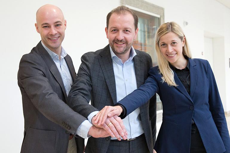 Das Führungsteam der Linzer ÖVP: Vizebürgermeister Bernhard Baier (Mitte) mit Martin Hajart und Doris Lang-Mayerhofer