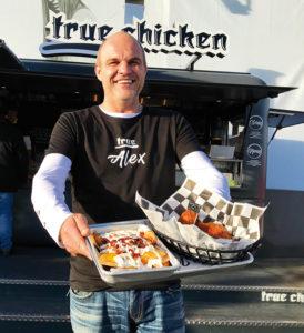 Rastlos & innovativ: TRUE CHICKEN-Mastermind Alexander Platzl