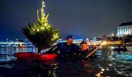Auf zum Donau-Fackelschwimmen!