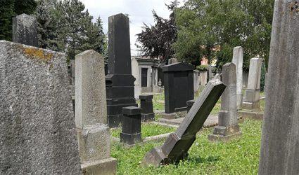 Endlich fix: Jüdischer Friedhof in Linz wird saniert