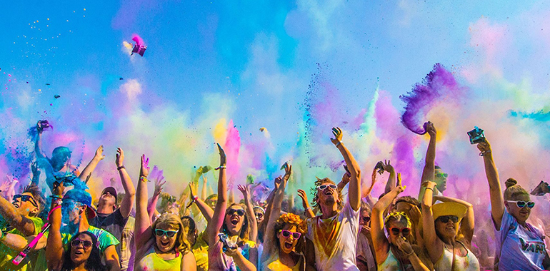Let there be Colour: das HOLI Festival mag's bunt!