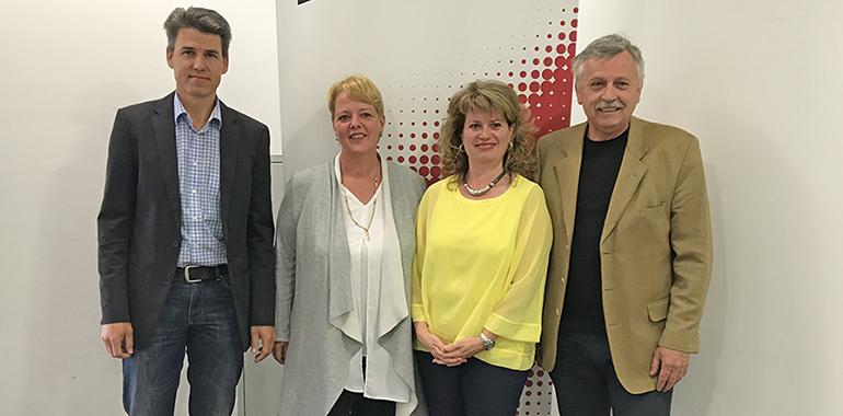Die Vertreter der Bürgerinitiative Linz-Süd (vl.): Michael Mandl, Patricia Niedermayr, Petra Hofer, Gerald Ludwig