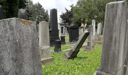 """""""Den Jüdischen Friedhof in Linz in die Erinnerung zurückholen"""""""