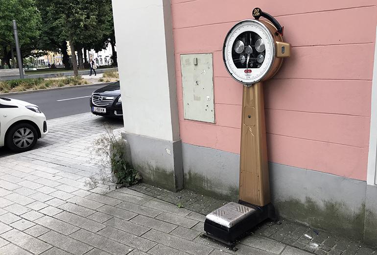 Automat-Waage-770