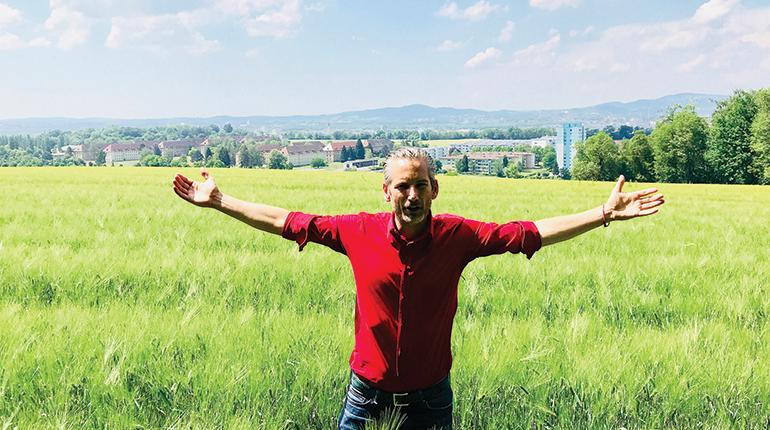 """""""Hier nicht"""": Lorenz Potocnik mischt sich gerne ein – etwa bei der geplanten Trasse der Linzer Ostumfahrung."""