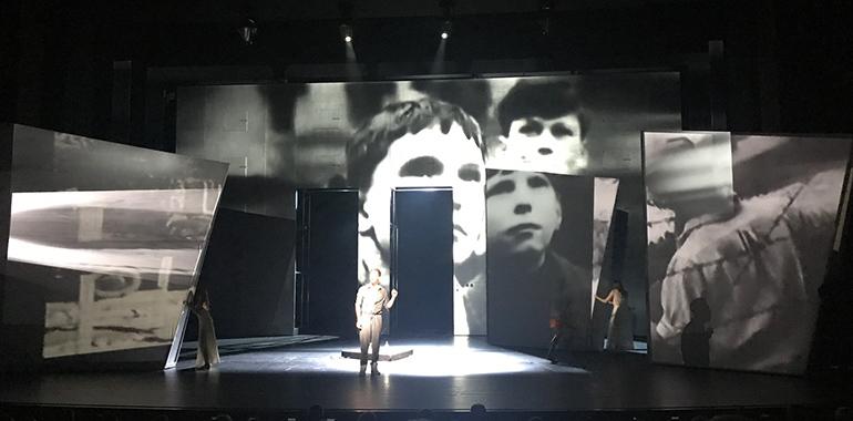 Noch bis Juni 2019 ist LAZARUS im Linzer Musiktheater zu sehen.