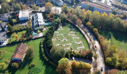 Luxuswohnungen statt Minigolfplatz: Gutachten rüttelt an geplanter Umwidmung von Grünland am Freinberg