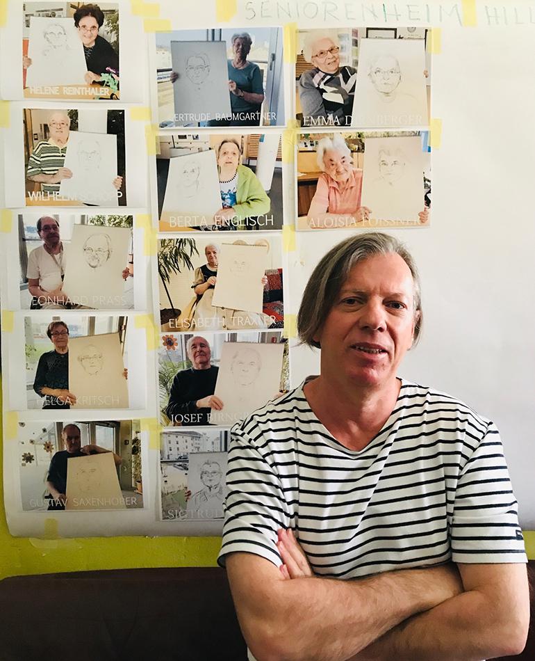 """Etwa 20 Portraits von """"langdienenden"""" Linzer Bürgern sind bereits fertig, 30 weitere folgen noch."""