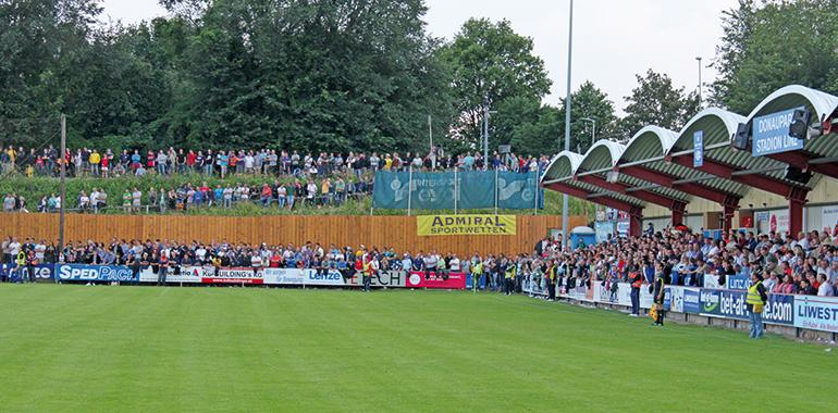 Mehr alt als ehrwürdig: das Donauparkstadion.