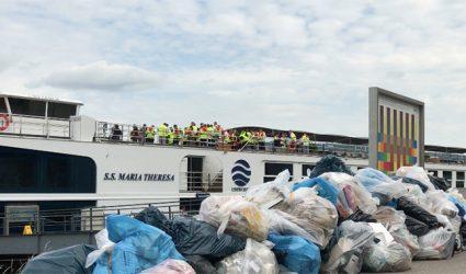 Kreuzfahrtschiffe laden in Linz fast eine Tonne Müll pro Tag ab
