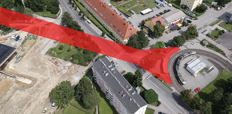 Die aktuelle Ankunftssituation bei der Johannes Kepler Uni: Im rot eingefärbten Bereich könnte ein unterirdischer Gate-Bereich samt Zugang zur Uni entstehen.